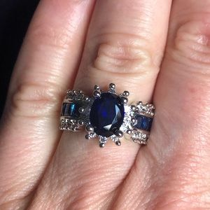 Jewelry - Blue Gemstone Fashion Ring